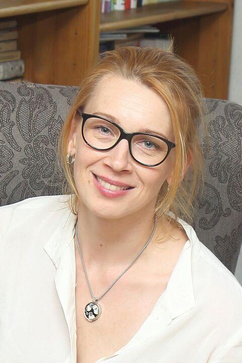 Angela Jakobson